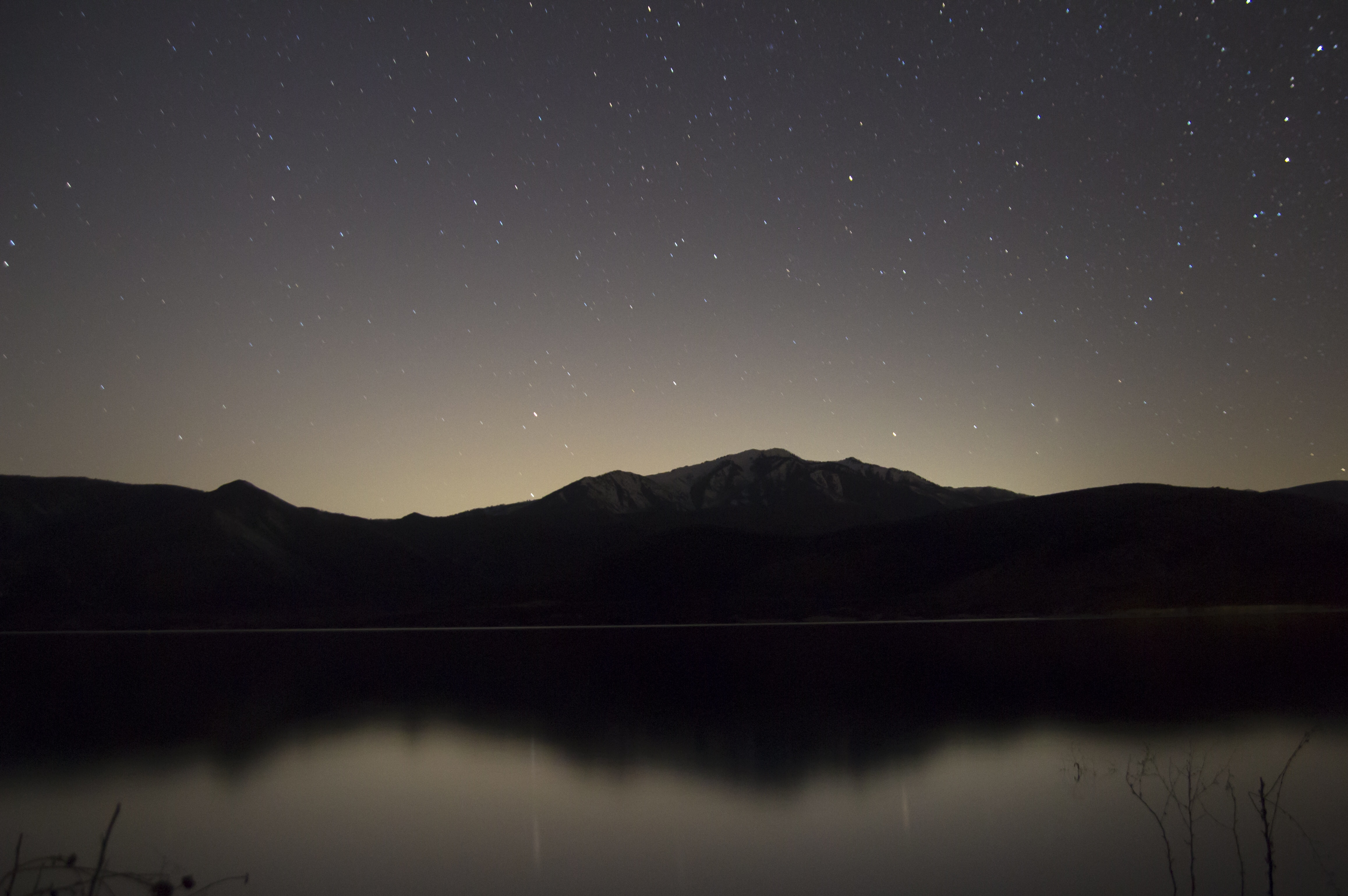 Picalls.com | Lake and mountains at night by Daniel Bowman.