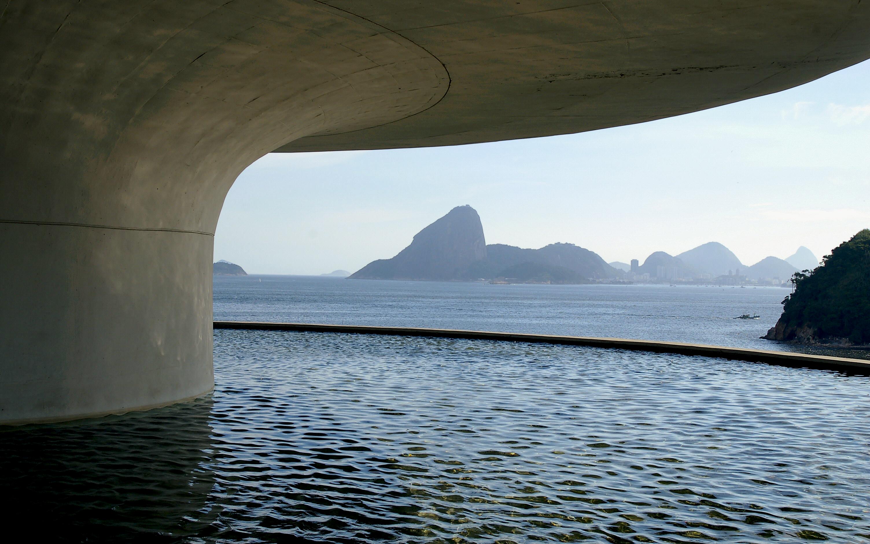 Contemporary Art Museum by felixufpe, Rio de Janeiro, Brazil, 1996, museum, art, cement, concrete