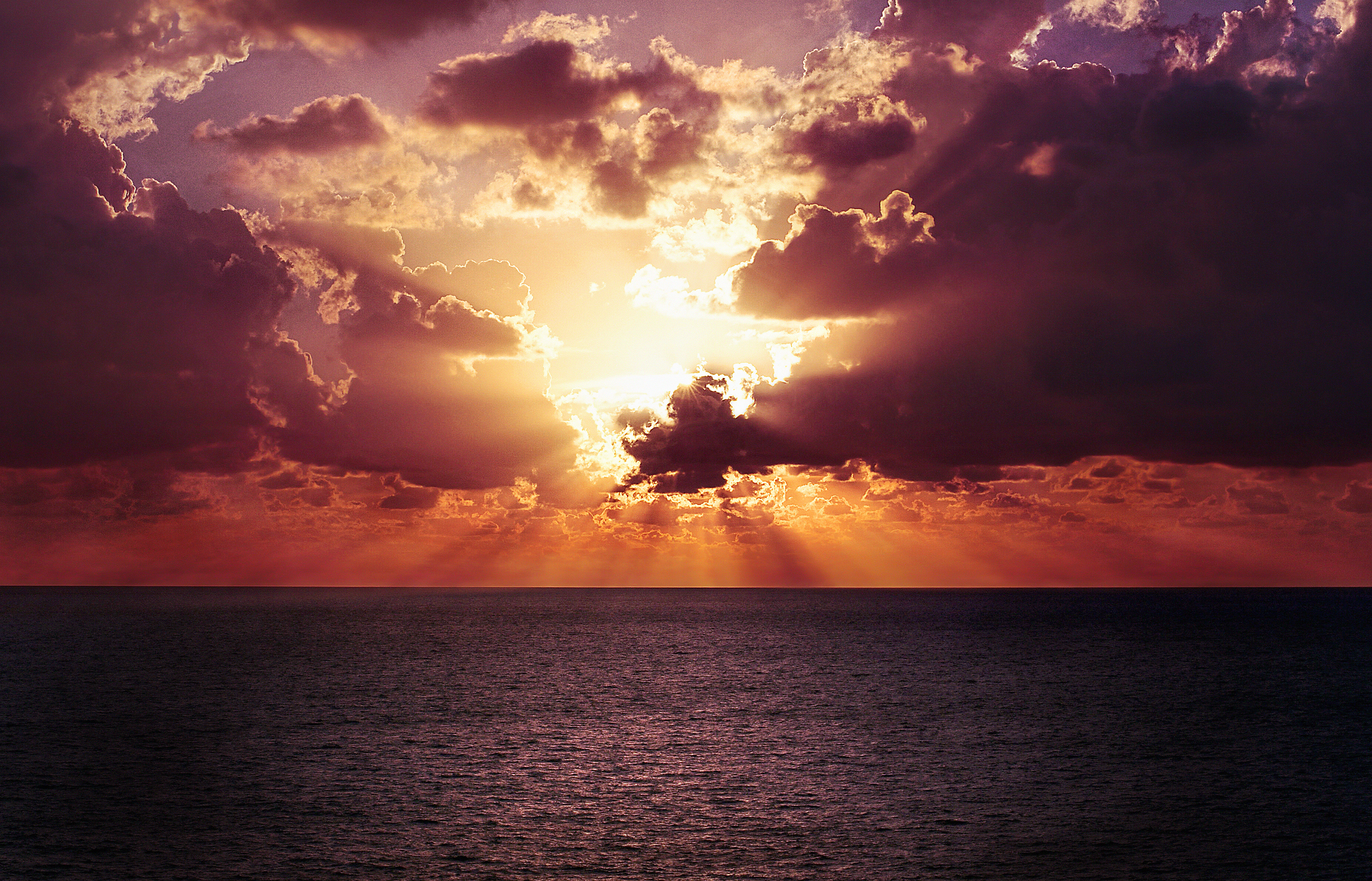 Incredible sunset, sea, ocean, clouds, dusk, sunbeams, sun rays, clouds, cloudy, horizon, ocean, sea, water
