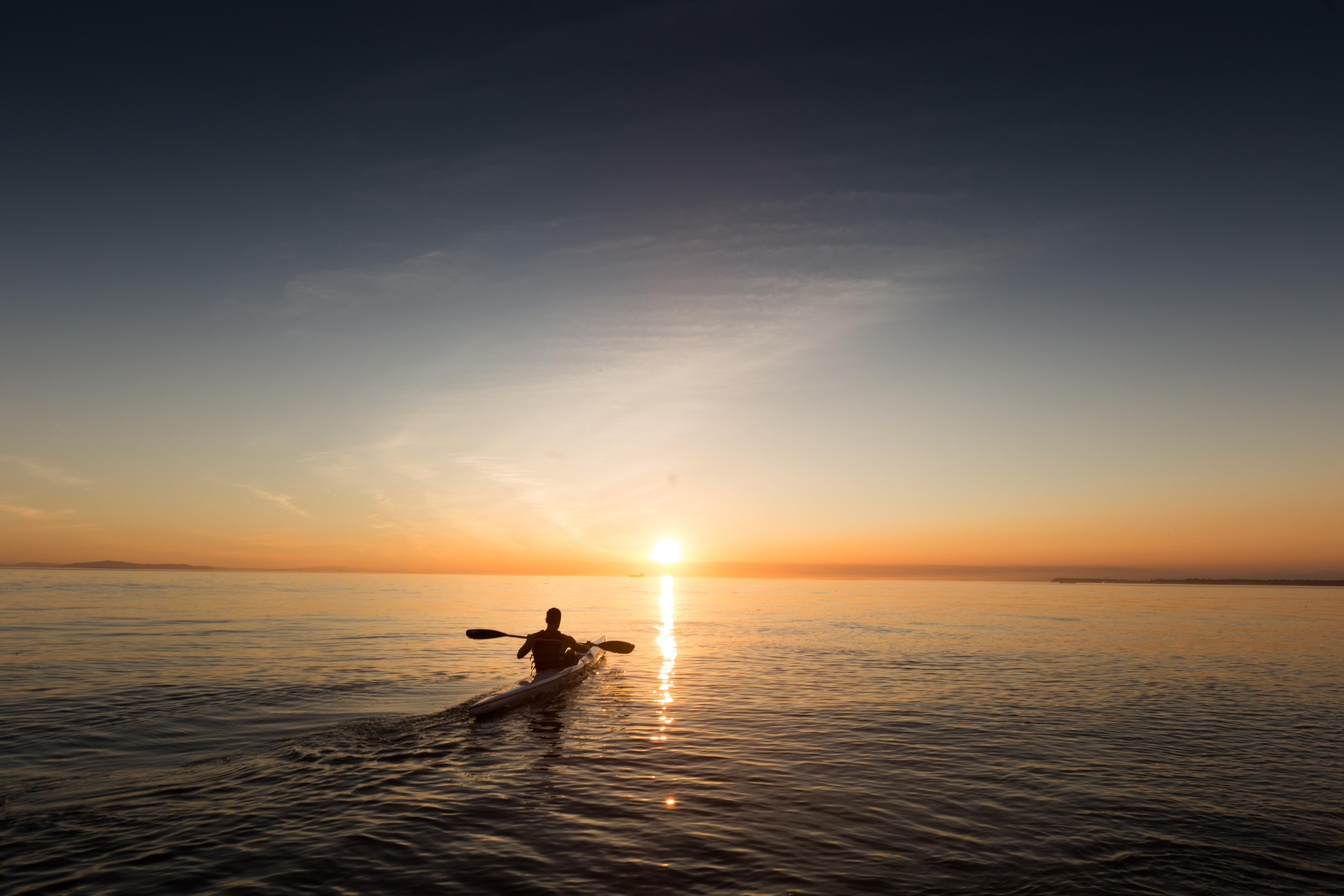 Kayaking at sunset, kayak, lake, water, sunset, horizon, dusk, sky, landscape, nature, outdoors, people