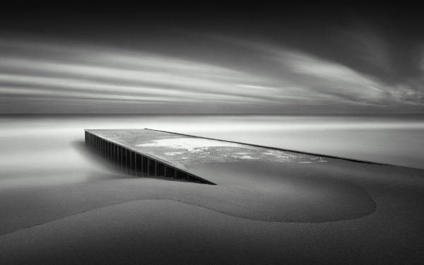 Frozen by felixufpe, wallpapers, black and white, photography, pier, sea, coast, beach, ocean, water, sand, clouds, cold, sky