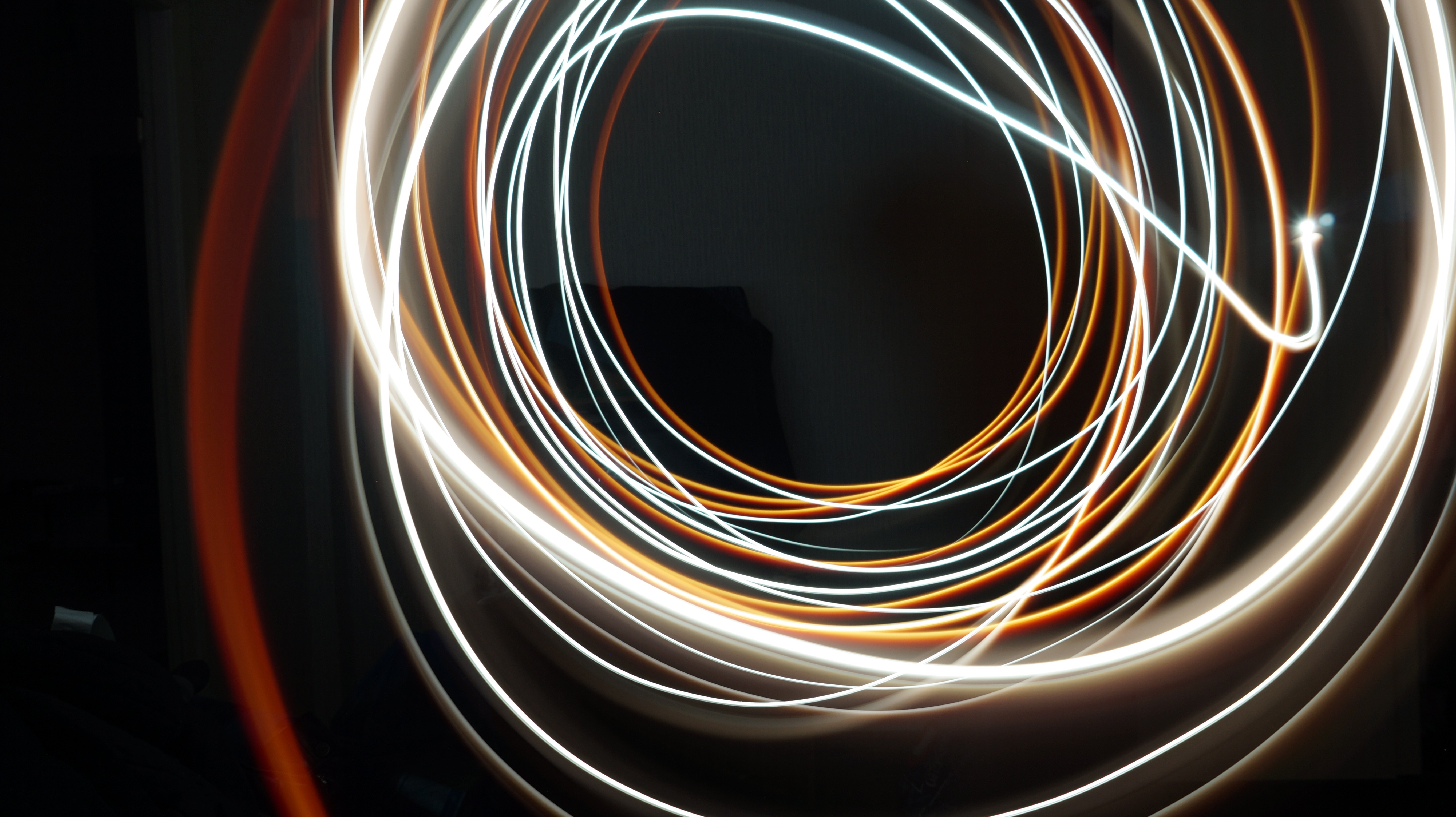Lights in circular motion, light, motion, color, spiral, light wire