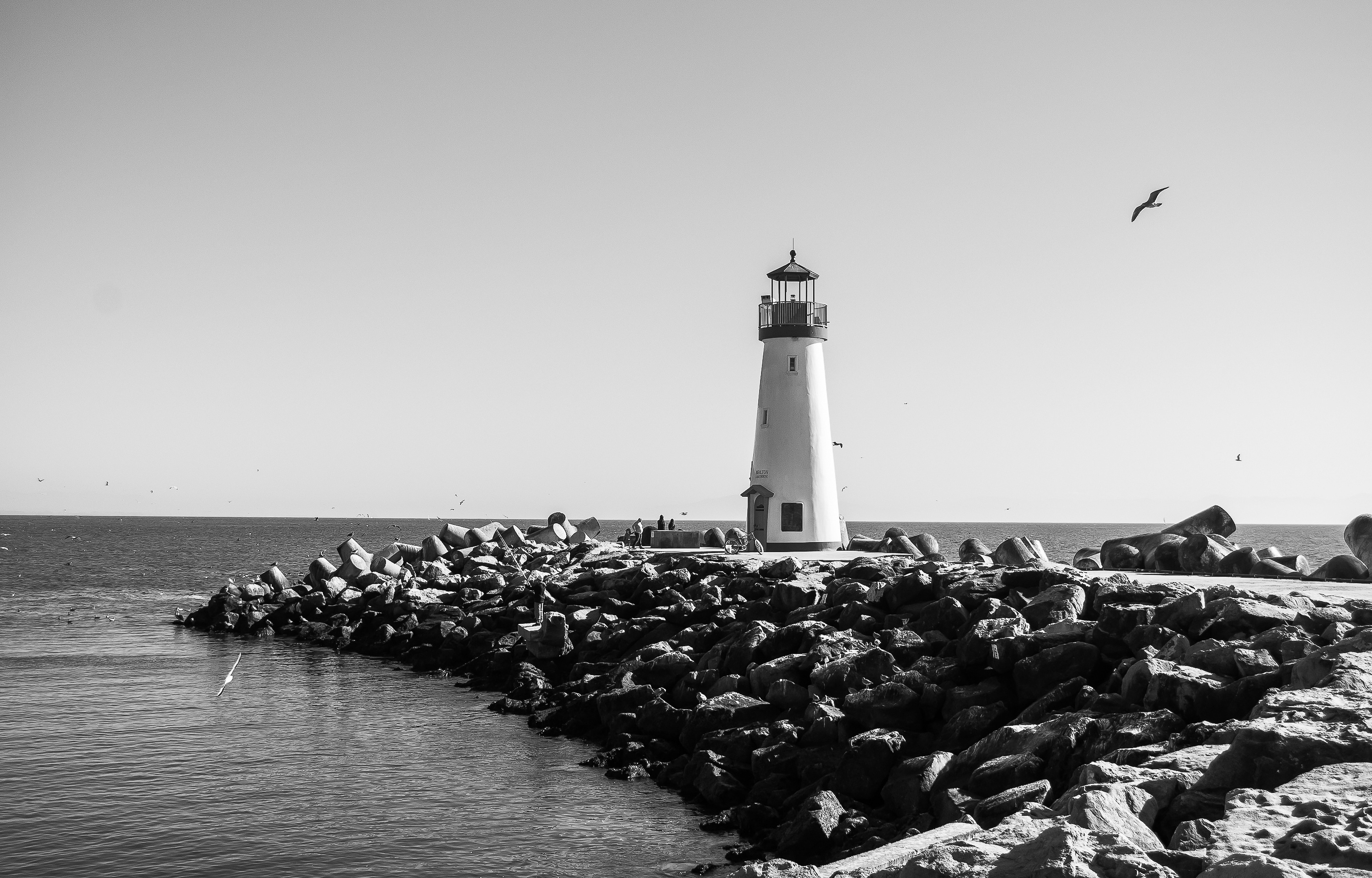 Picalls.com | Old lighthouse in black and white by Don Owsley.