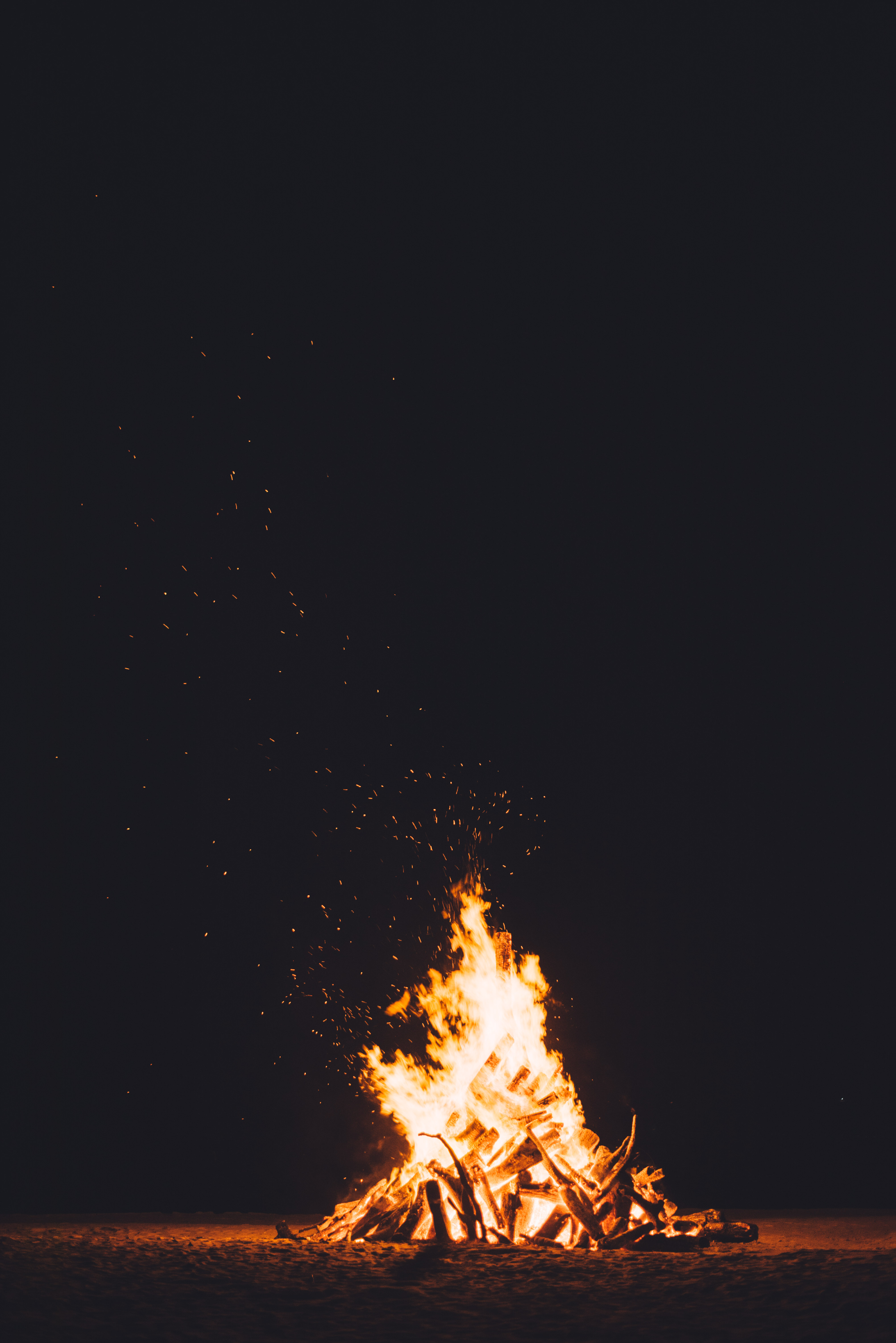 Campfire at night, fire, fire, flame, flare, burning logs