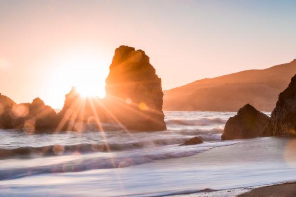 Sunbeams on shore, coast, beach, sunset, sea, waves, rocks