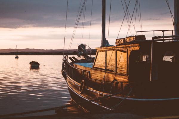 Boat moored at the dock, boat, boat, dock, shore, fishing, fishing boat, ataredecer